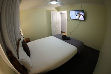 family rm1 bed2 Qa