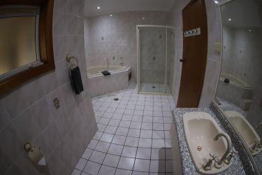 king rm 35 bath