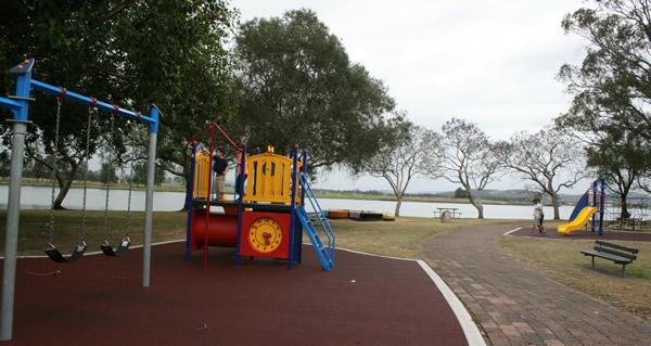 riverside-park-raymond-terrace1